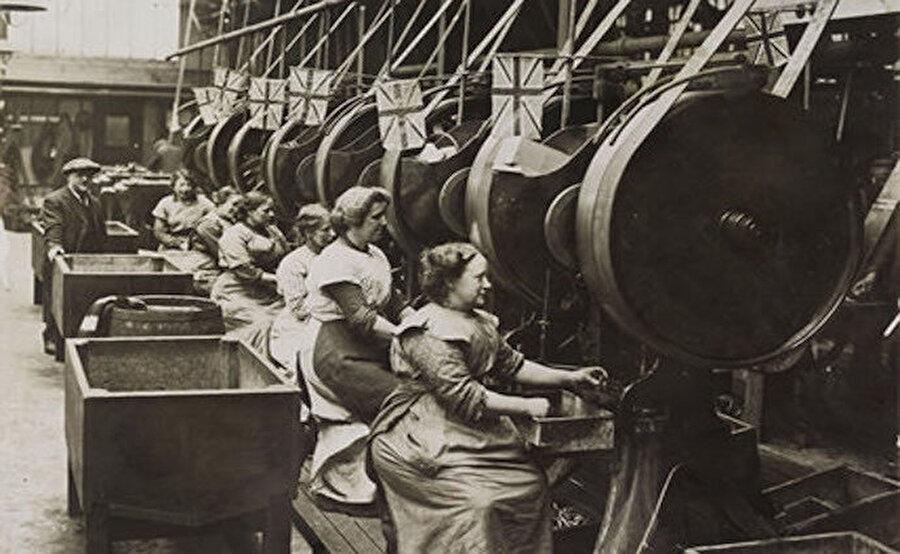 Sonra Sanayi Devrimi… Makinalar geldi.