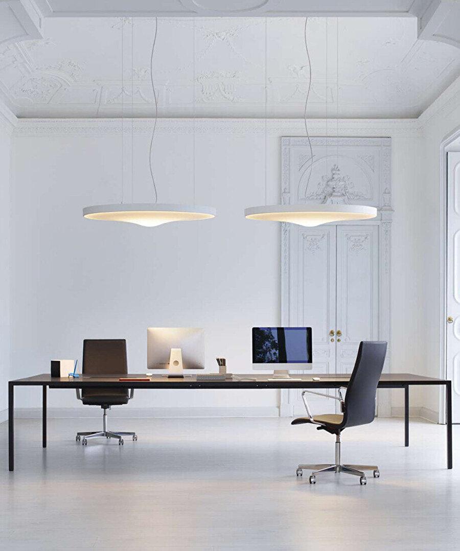 Odile Decq, Paris'teki Twist ofisinde, projenin teknik aydınlatma ortağı Luceplan ile iş birliği yapar ve ofisin aydınlatma elemanlarını tasarlar.