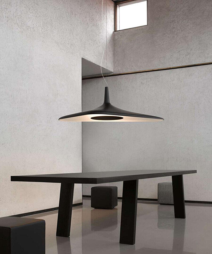 Luceplan için tasarlanan Soleil Noir.