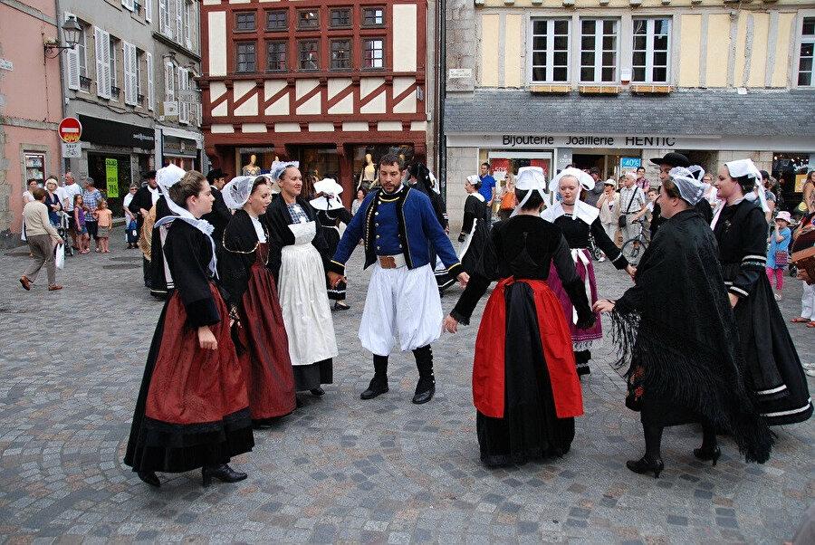 Breton Kostümü.