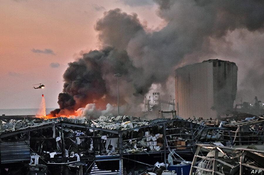 Beyrut Limanı'nda 4 Ağustos 2020'de meydana gelen patlama sonrası ülke siyasi ve ekonomik krizlerle boğuşuyor.