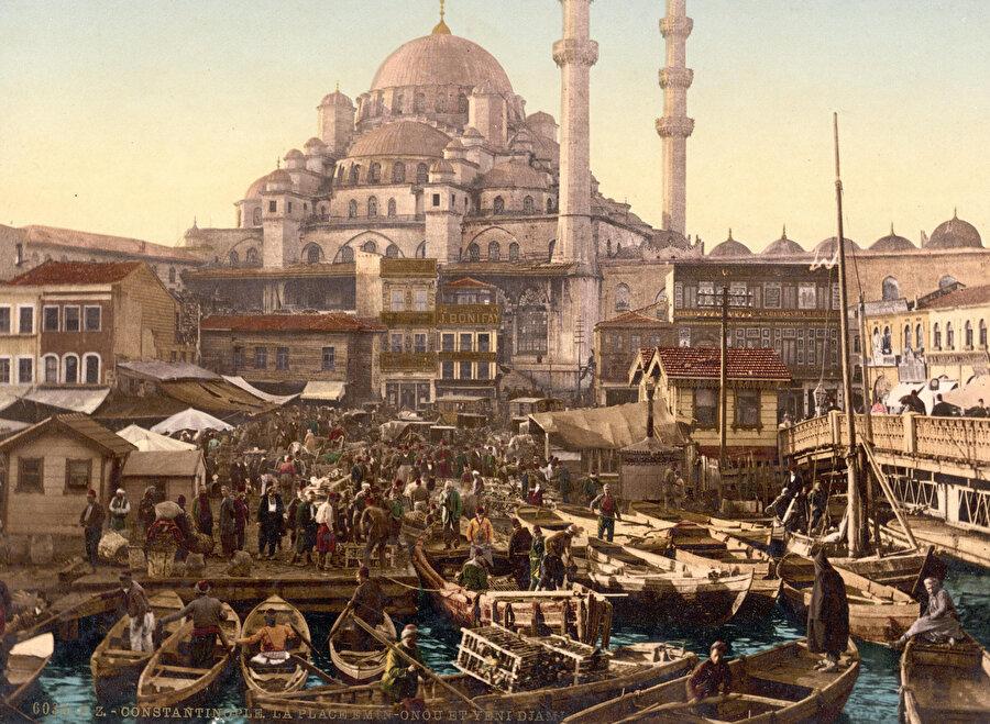 Eminönü İstanbul için çok önemlidir. Çünkü İstanbul'u İstanbul yapan her ne vasıf/nitelik varsa hepsi buradadır.
