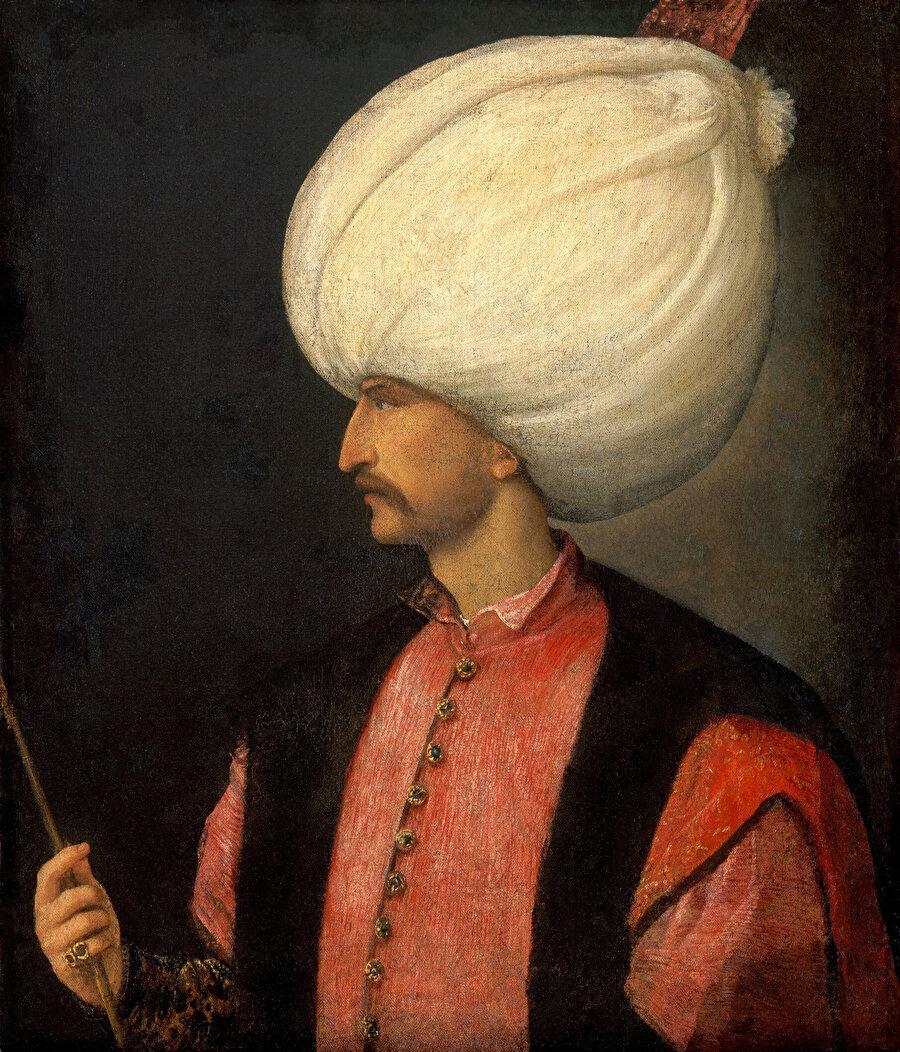 (İtalyan ressam Titian'ın 1539 yılında yaptığı Kanuni tablosu) Kanuni Sultan Süleyman döneminde Osmanlı donanmasının başarıları kara ordusunun başarılarını aratmayacak nitelikteydi. Osmanlı donanması Akdeniz, Kızıldeniz ve Hint Okyanusu'nda oldukça önemli bir etkinlik alanına sahipti.