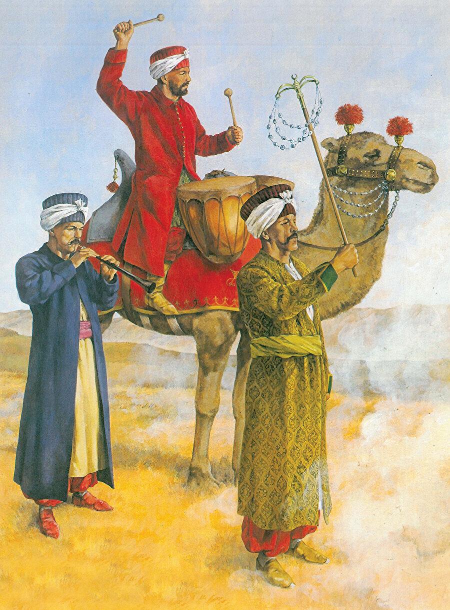» Dünyanın en eski askerî bandosu: Yeniçeri askerî bandosu yani Mehter takımı dünyanın en eski askerî bandosudur. Yukarıda soldan sağa sırasıyla Zurnazen, Mehter ağası ve Mehterbaşı ağa görülüyor.