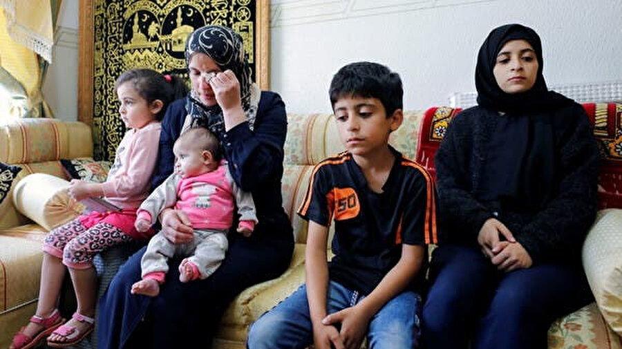 Nizar Benat'ın ailesi.