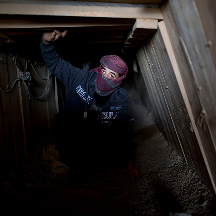Gazze'deki tüneller, İsrail'in Gazze'de yok etmeye çalıştığı yaşamı yer alından besleyen can damarları gibi.