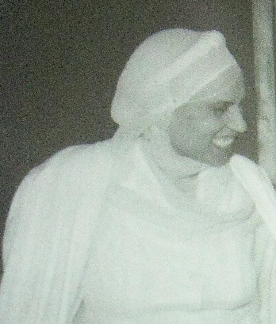 Zeynep Gazâlî'nin gençlik yıllarına ait bir fotoğraf.