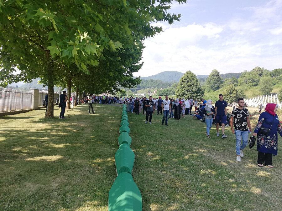 Kimliği yeni tespit edilen 19 kurban daha bugün Potoçari'de toprağa verildi.