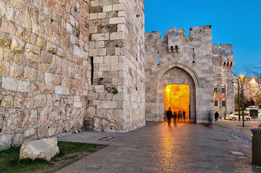El Halîl Kapısı.
