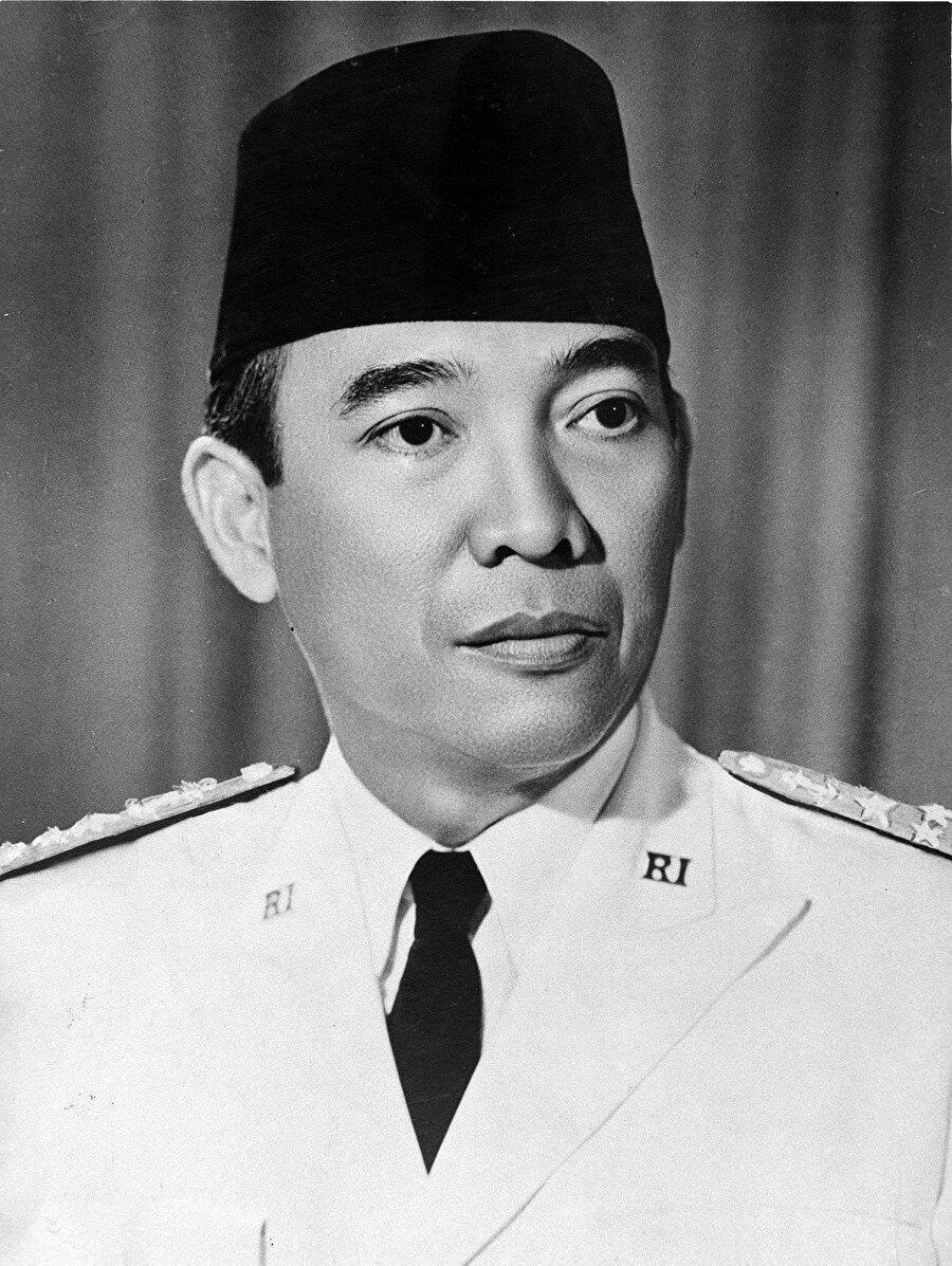 Endonezya Milliyetçi Partisi'nin kurucusu Ahmet Sukarno.