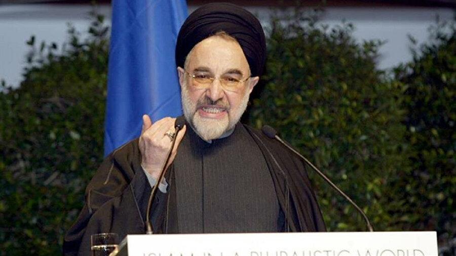 İran'ın eski cumhurbaşkanlarından Muhammed Hatemi.