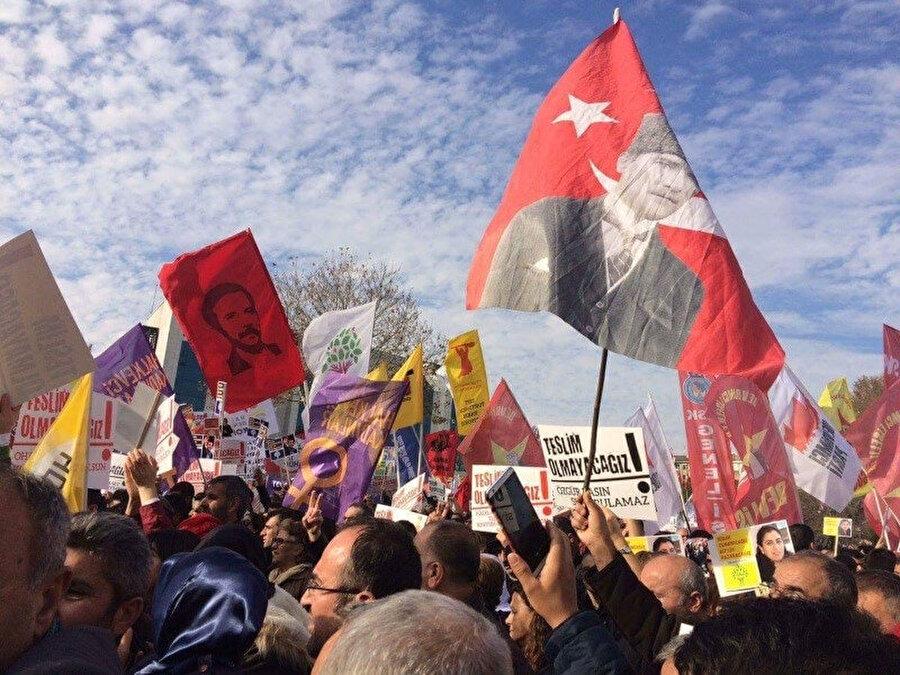 Söyleşinin PKK'nın eleştirildiği ilgili bölümleri internetten silindi. Yani sansürlendi.