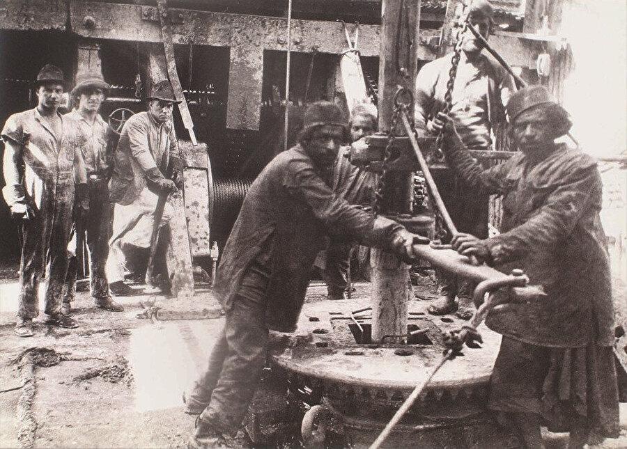 1914, Anglo-Persian Oil Company işçileri.