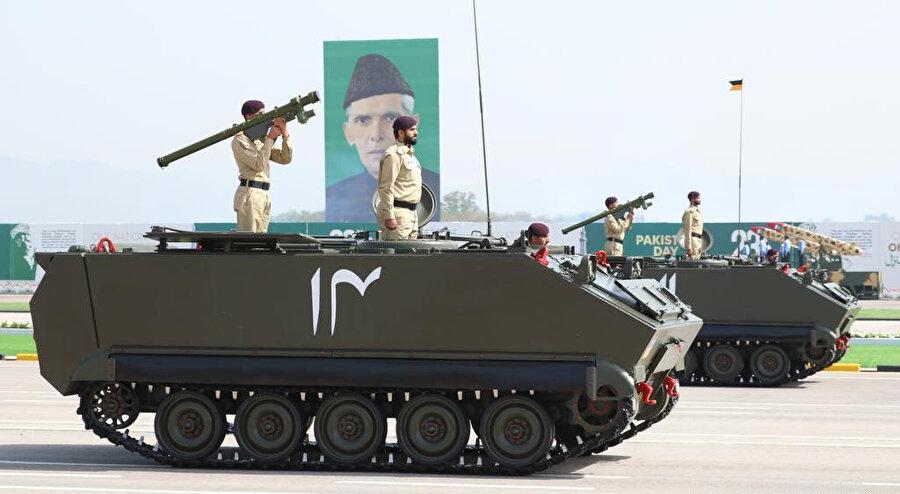 Gelişmiş teknolojisiyle Hint Alt Kıtası'nda dikkat çeken Pakistan ordusu.