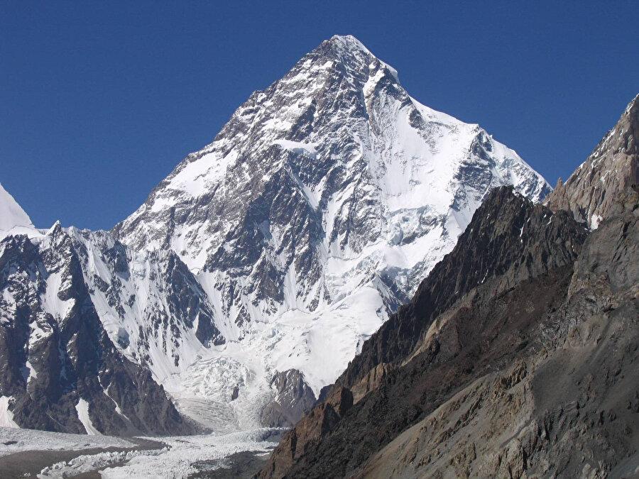 Dünyanın en yüksek ikinci dağı: K2.