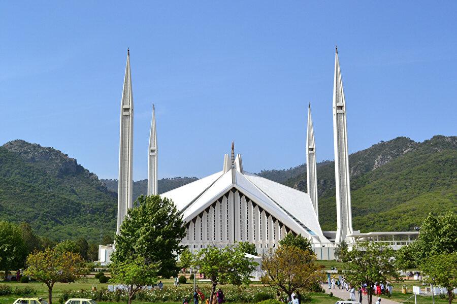 Türk mimar Vedat Dolakay'ın Pakistan'daki şaheseri: Şah Faysal Camii.