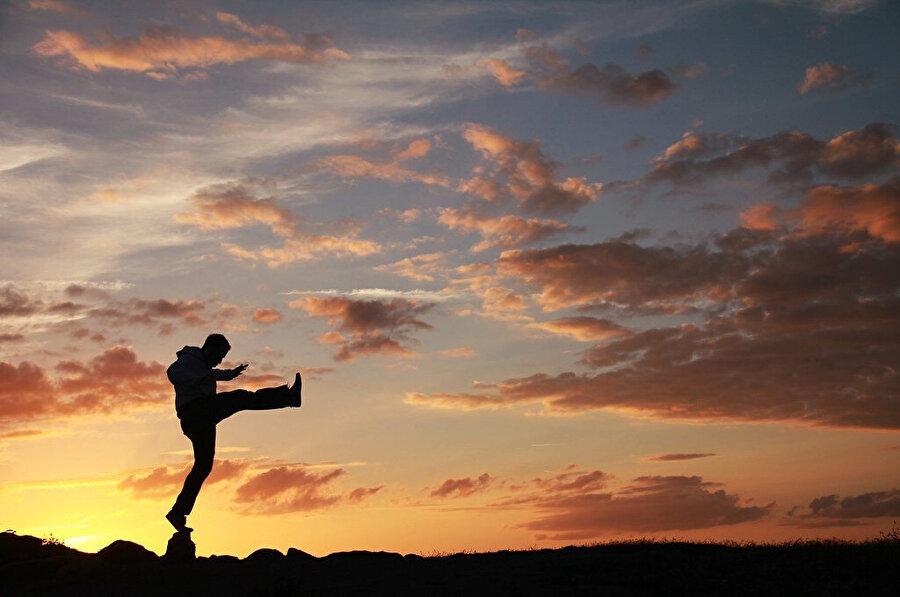 Günümüzde Kung Fu tüm dünyada Wu Shu Federasyonu adı altında bir spor dalı olarak uygulanmaktadır.