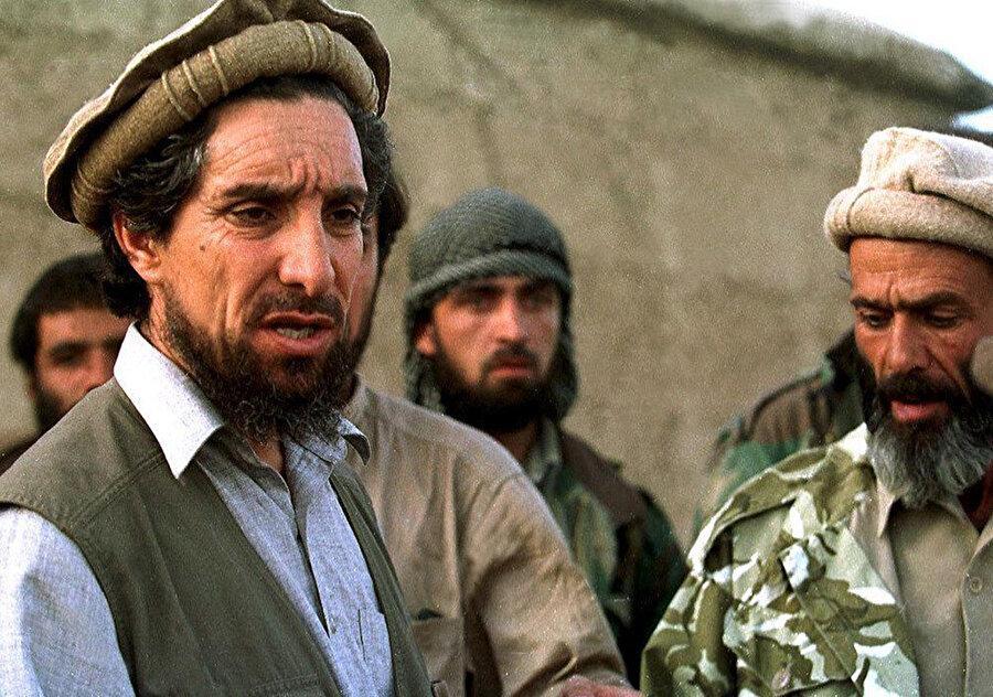 Şah Mesud 2001 yılında Taliban tarafından gerçekleştirilen bir bombalı saldırıyla hayatını kaybetmişti.