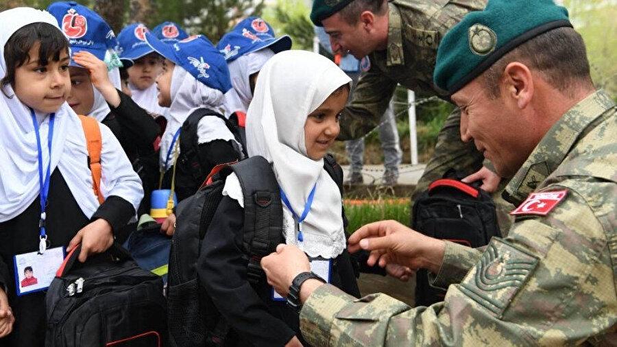 Türk askerinin NATO gücü olarak Afganistan'da bulunduğu süre zarfında Afgan halkı üzerinde olumlu bir izlenim bıraktığı ve bunun bozulmaması gerektiği bölgeye dair en fazla yapılan yorumlardan birisi.