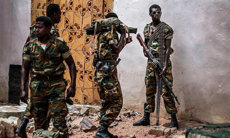 Etiyopya ordusuyla Tigray güçleri arasındaki çatışmalar tüm şiddetiyle sürüyor.