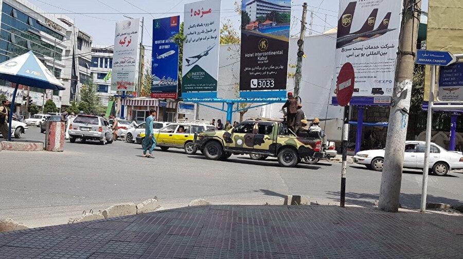 Afganistan'ın başkenti Kabil'de Taliban kontrolü altında yaşam başladı.
