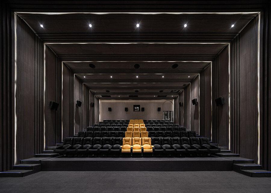 Sinema salonu.