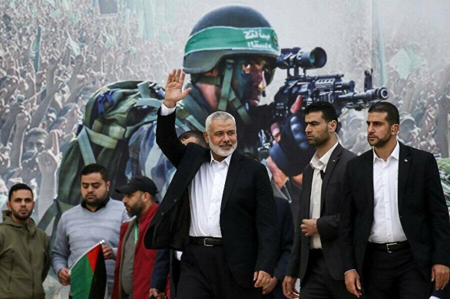 Bennett ortağı olduğu koalisyonun iktidara gelmesini sağlayan 4 Arap milletvekilinin desteğini kaybetmek pahasına Hamas'ın saldırılarına karşılık vereceğini belirtti.
