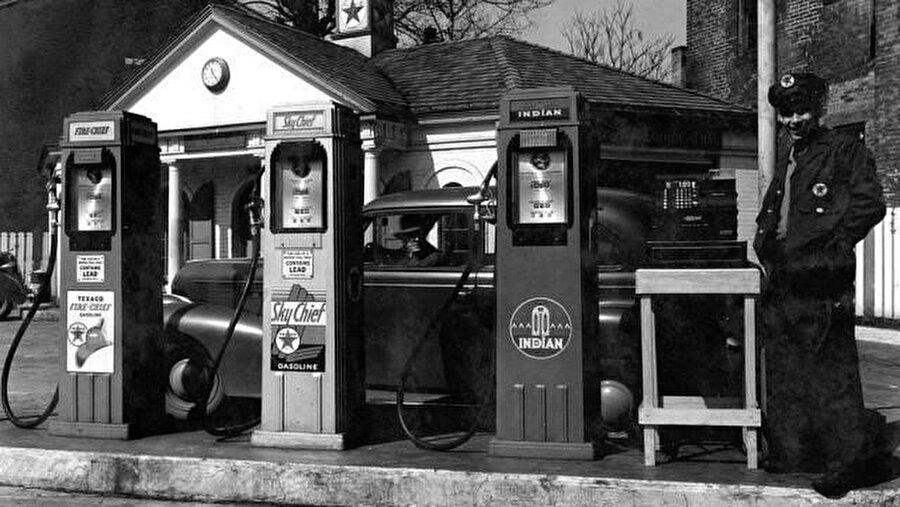 Kurşunlu benzinler 1970 yıllarına kadar tüm dünyada kullanıldı