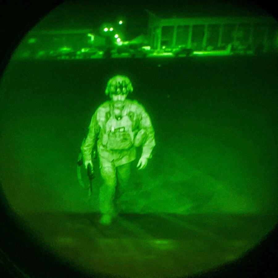 Afganistan'dan çekilen son ABD askeri Chris Donahue
