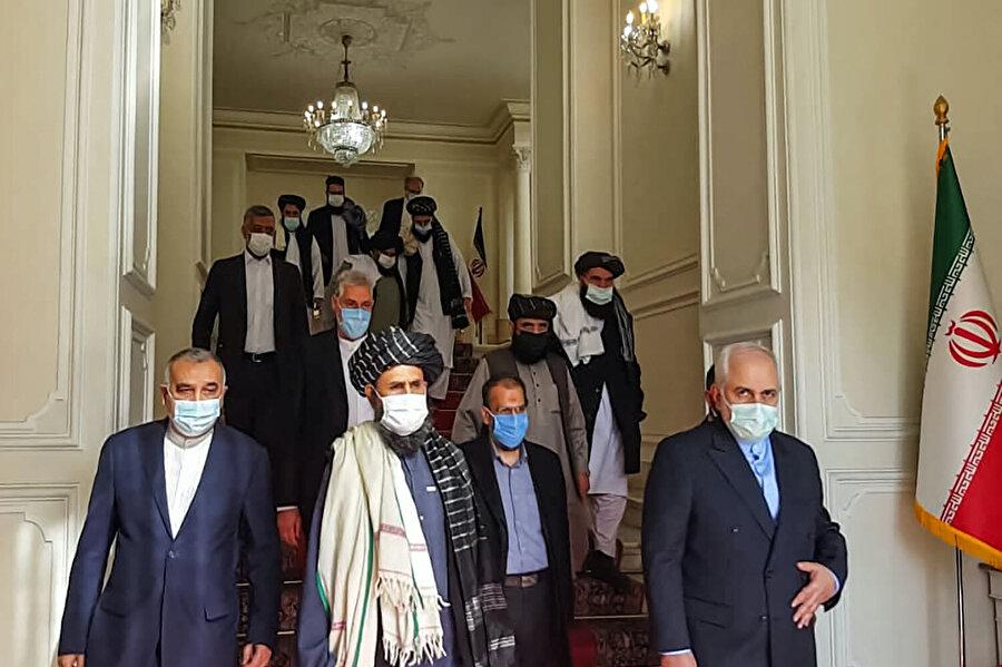 Taliban'ın ilerleyişini öngören İran, Taliban'la görüşmelere geçtiğimiz aylarda başlamıştı.
