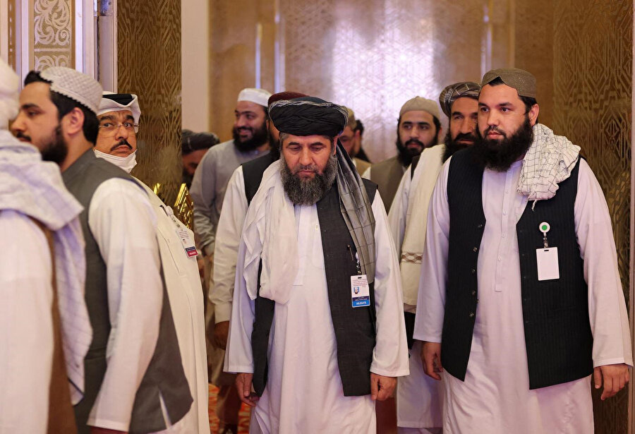 İran'ın Taliban'la iyi ilişkiler geliştirmesi öteden beri ülkenin izlediği Amerika karşıtı blok içinde olma çabasıyla örtüşüyor.