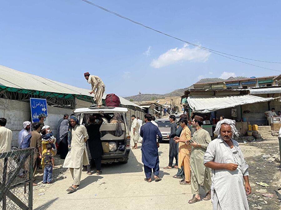 Pakistan'a, yalnızca sağlık sorunları olan mülteciler kabul ediliyor.
