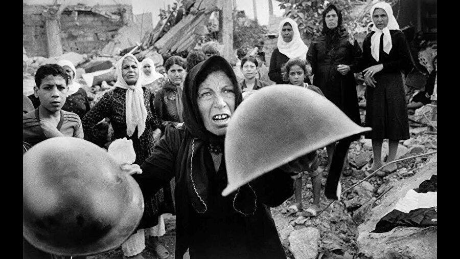 16 Eylül 1982 sabahı Filistinli mülteci kamplarında başlayan katliam 3 gün sürmüş ve binlerce Filistinli öldürülmüştü.