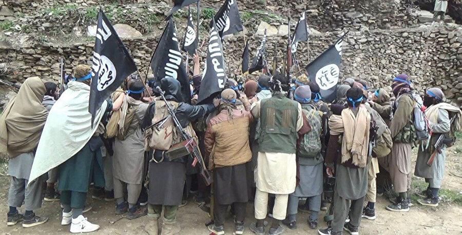 DEAŞ'ın Afganistan'daki kolu DEAŞ/Horasan geçtiğimiz haftalarda Kabil Havalimanı'nda Taliban'a karşı kanlı eylemler gerçekleştirmişti.