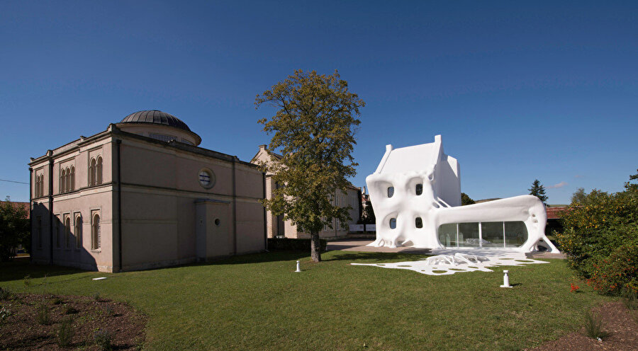 Gue(ho)st House ve Delme Sinagagou Çağdaş Sanat Merkezi.