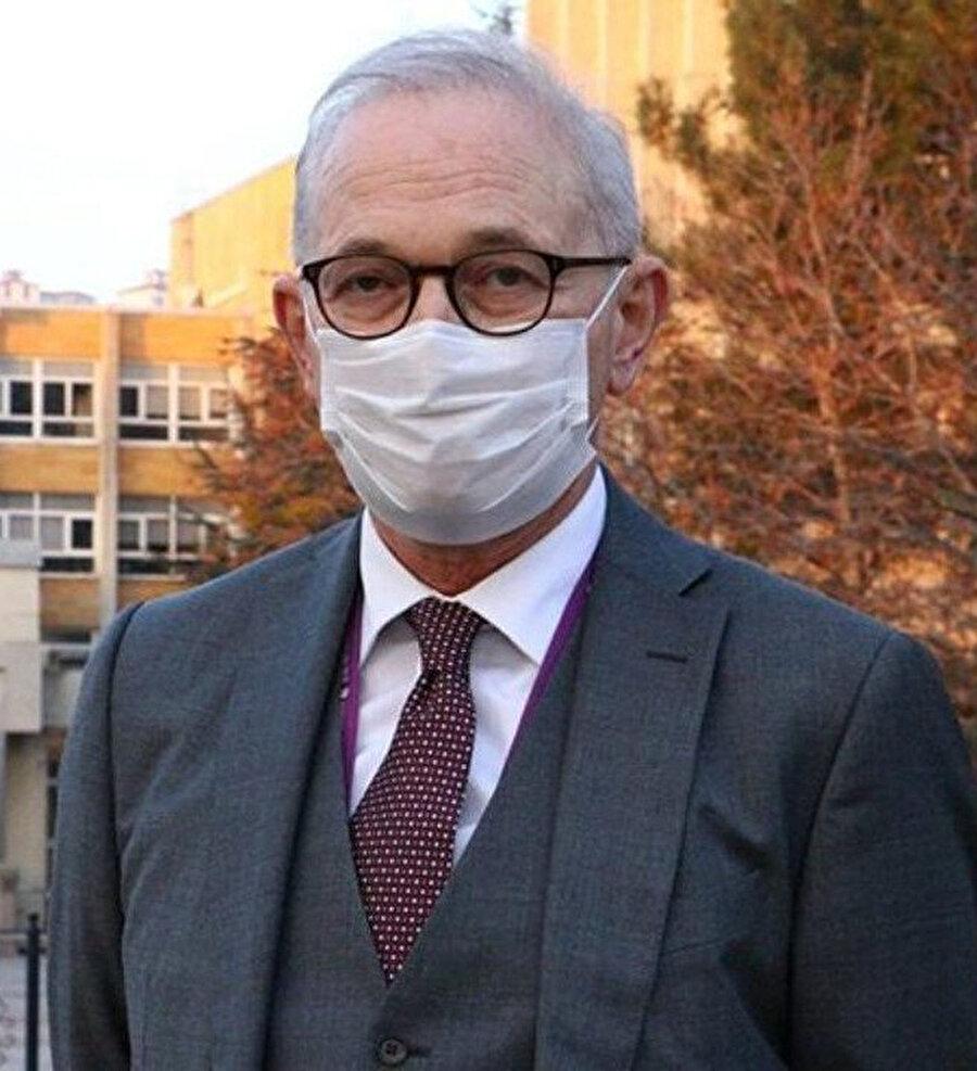 Enfeksiyon Hastalıkları Uzmanı Prof. Dr. Murat Akova