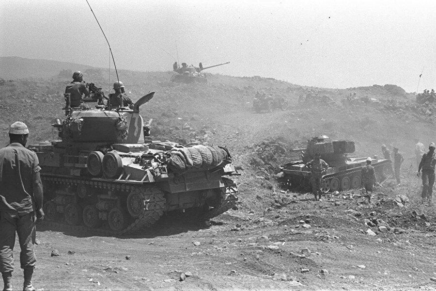 Arap-İsrail Savaşı'ndan bir fotoğraf. 1948.