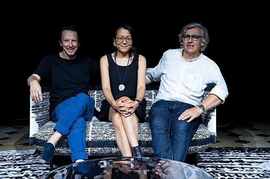 Sağdan sola: Miguel Chevalier (Sanatçı), Arnaud Cooren, Aki Cooren (Tasarımcılar: A+A Coooren)