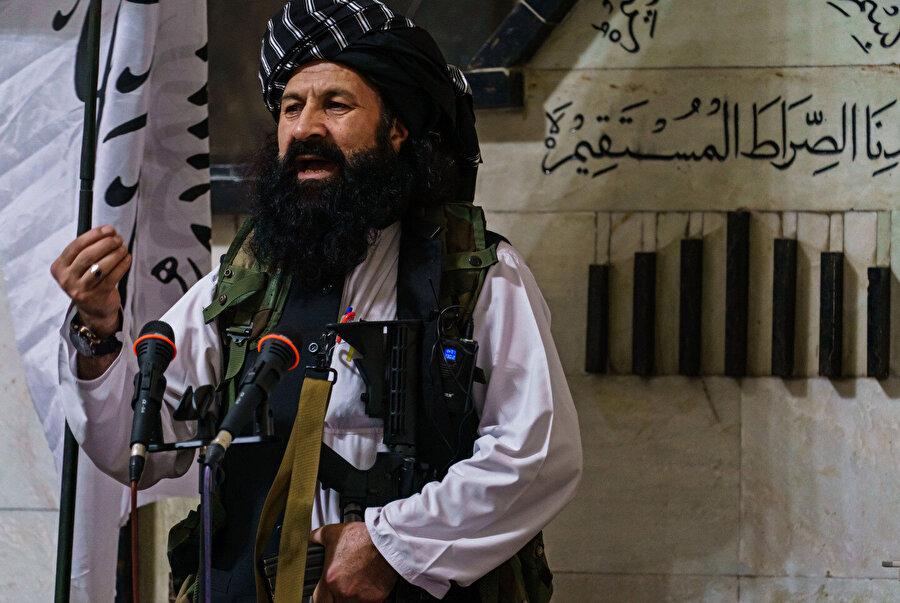 Celaleddin Hakkani'nin kardeşi ve yeni kurulan Taliban hükümetinde muhacirler bakanı olarak görev alan Halilurrahman Hakkani.
