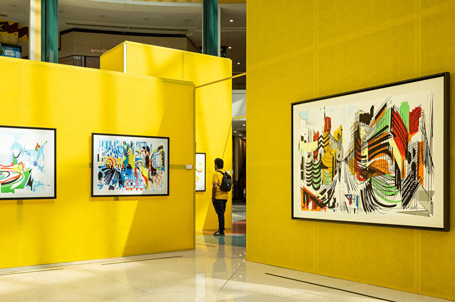 1920'de vefat eden sanatçı için sergiye 100 yıl süresince Nadir Afonso adı veriliyor.