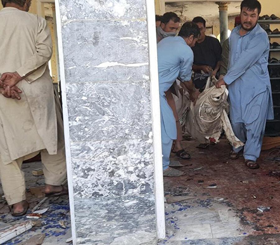 Ölen ve yaralananların sayısı toplamda 100'ü aştı.