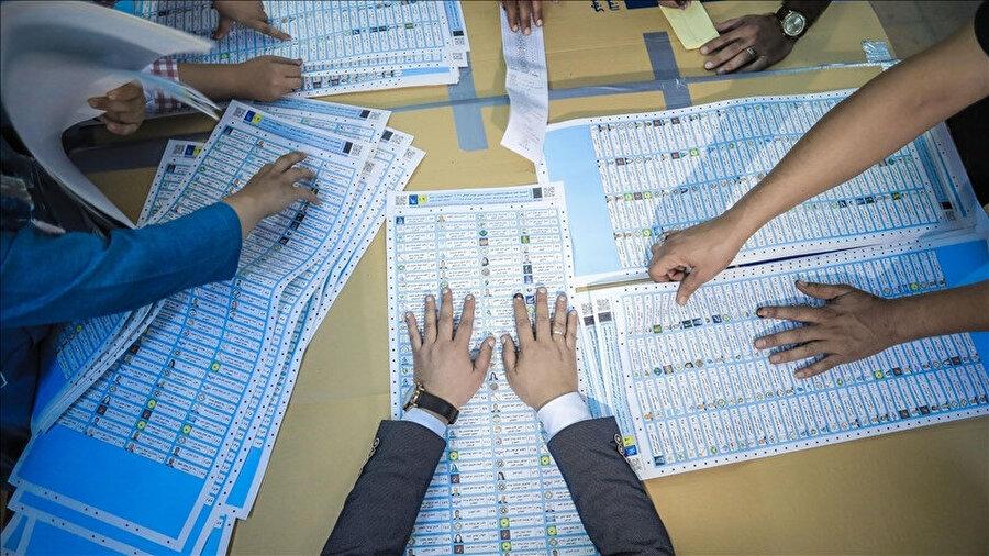 Iraklı seçim yetkilileri oy sayımının bir hafta içinde bitmesini beklediklerini açıkladı.