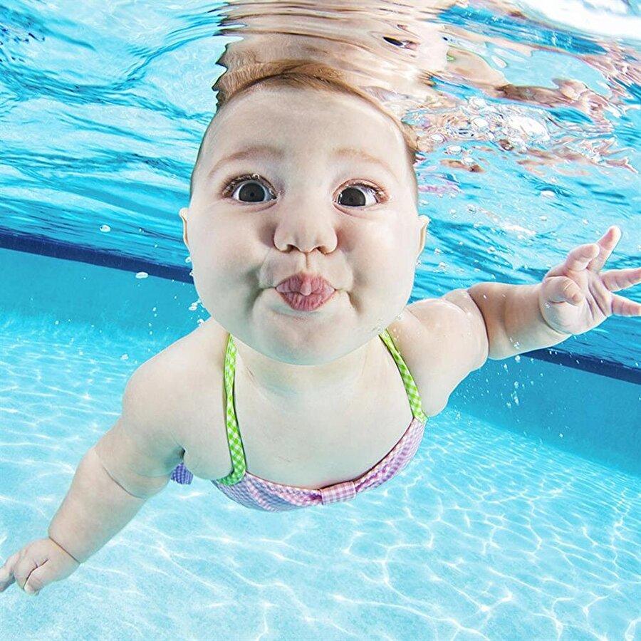 Kasları gelişiyor Yüzme, çocuklarının kas gelişimi için son derece önemlidir. Denizde yüzen çocuklar kuvvetli ve zinde oluyor.