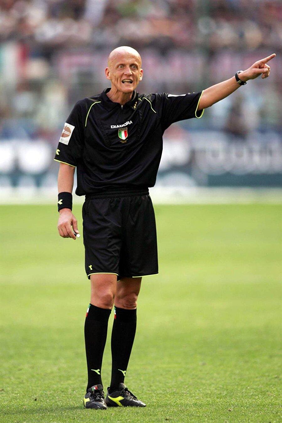 Ordu Milli Takımı maçıyla başladı Collina, uluslararası kariyerine 1995 yılında Türkiye Ordu Millî Futbol Takımı ile Fransa Ordu Millî Futbol Takımı arasında oynanan maçla başladı. Mücadele 1-1 sona erdi.