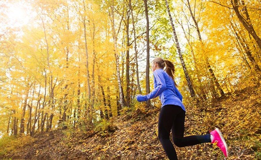 Son olarak spor yapmak kendinize olan güven duygunuzun artmasını sağlar.