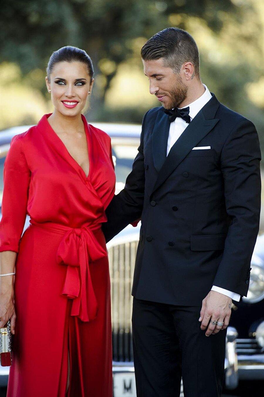 Pilar Rubio  Real Madrid'in yetenekli futbolcusu Sergio Ramos'un eşi Pilar Rubio, sunuculuk yapıyor. 2012'da dünya evine giren çift, sürekli olarak magazin gündeminde geniş yer buluyor.