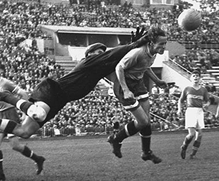 1960 yılında başladı 1960 yılında Fransa'da düzenlenen Avrupa Futbol Şampiyonası, Avrupa kıtasındaki ilk uluslararası turnuvadır.