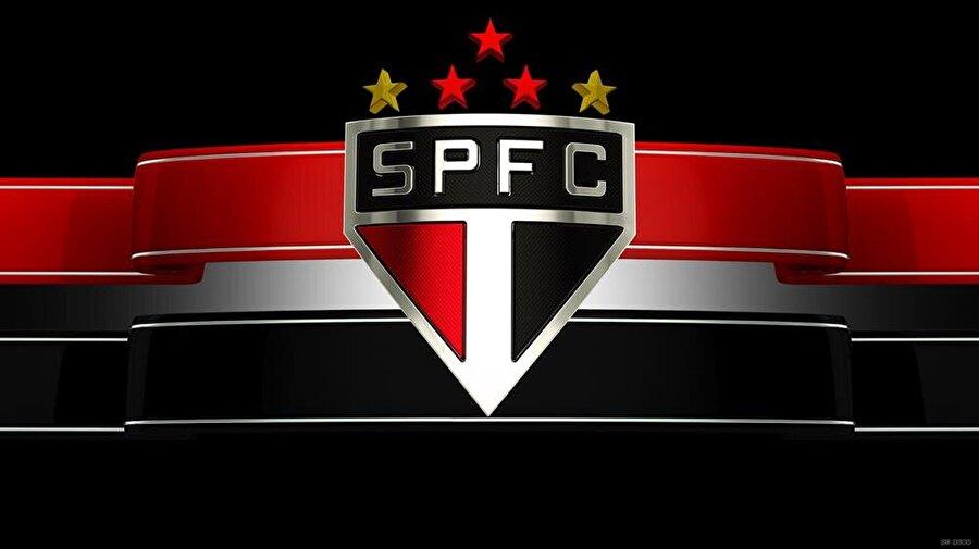 Sao Paulo Brezilya'nın en bilindik kulüplerinden olan Sao Paulo'nun logosu son derece sadedir. Armada kulüp renklerinin yanı sıra ekibin tam adı Sao Paulo Futebol Clube'nin kısaltması yer alır. Armanın üst kısmında ise 2 sarı, 3 kırmızı yıldız bulunuyor. Sarı yıldızlar, 1952 Helsinki ve 1956 Melbourne olimpiyatlarında, üç adım atlamada dünya rekoru kırarak, 2 kez olimpiyat şampiyonu olan Sao Paulo sporcusu Adhemar da Silva'nın kazandığı 2 altın madalyayı gösterir. Kırmızı yıldızlar ise Sao Paulo kulübünün futbolda kazandığı 3 kıtalararası şampiyonluğu simgeliyor.