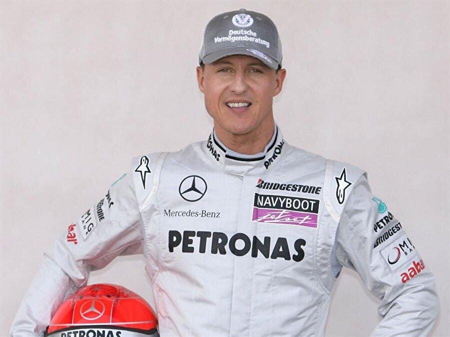 189 gün komada kaldı                                      189 gün komada kalan Schumacher, 254 gün sonra evine dönebilmişti. Başarılı pilot ailesinin sağladığı imkanlarla kendi evinde halen tedavi görüyor.