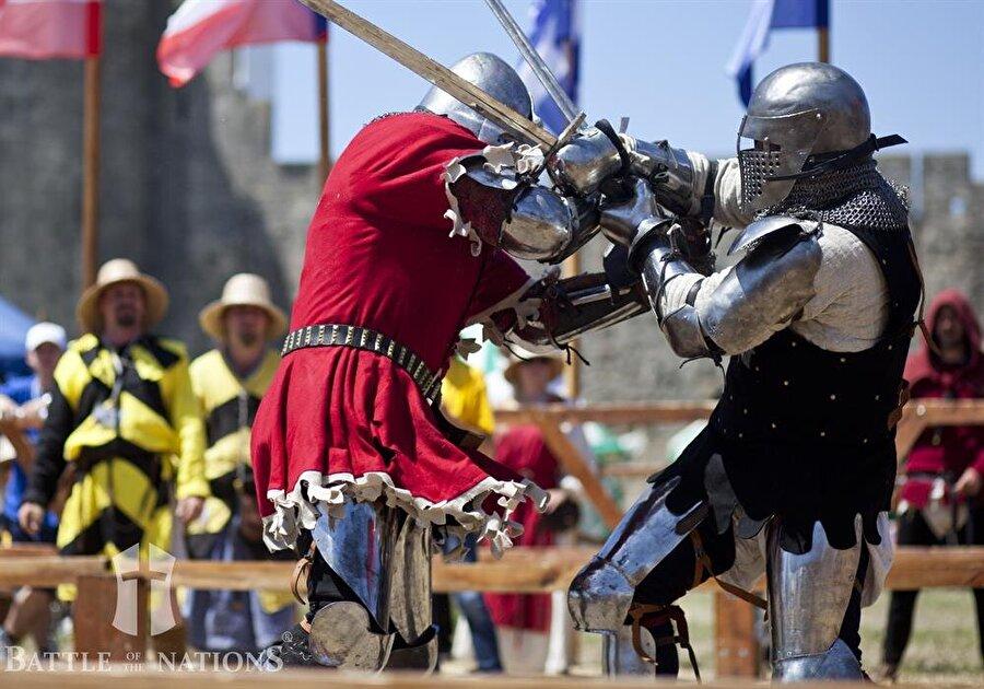 İlk turnuvada Ukrayna'da yapıldı Dünya Ortaçağ Savaşları Şampiyonası ilk olarak 2009 yılında Ukrayna'da başladı.